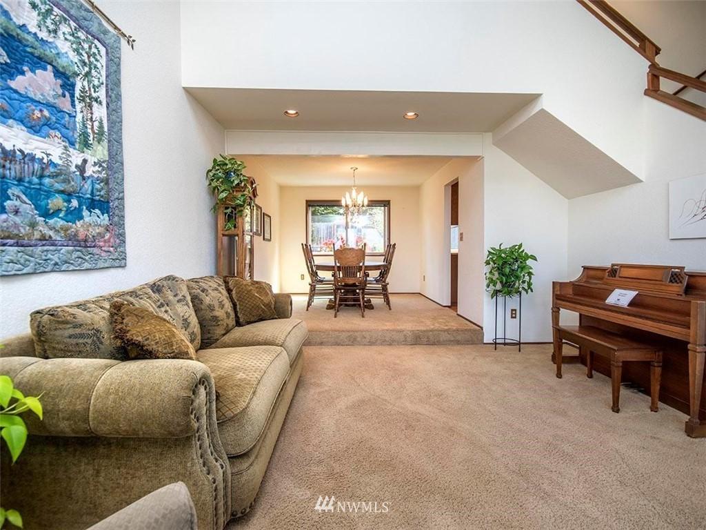 Sold Property | 18601 Blue Ridge Drive Lynnwood, WA 98037 10
