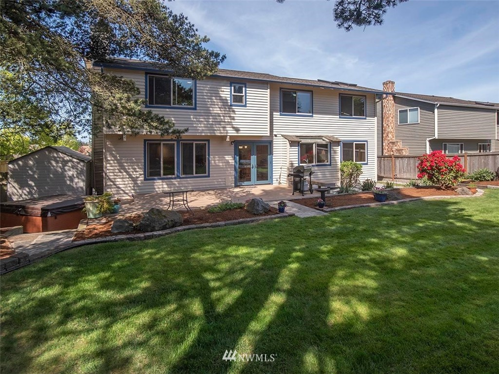 Sold Property | 18601 Blue Ridge Drive Lynnwood, WA 98037 6