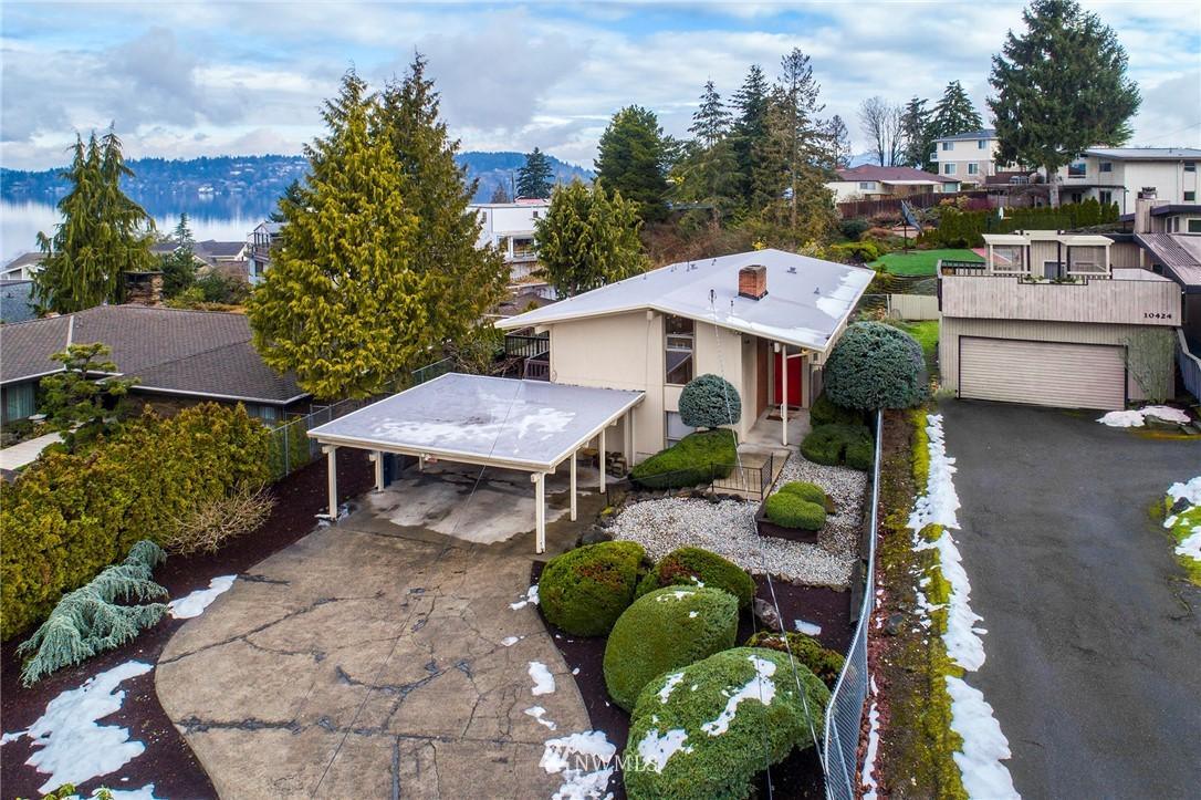Sold Property | 10420 Cornell Avenue S Seattle, WA 98178 0