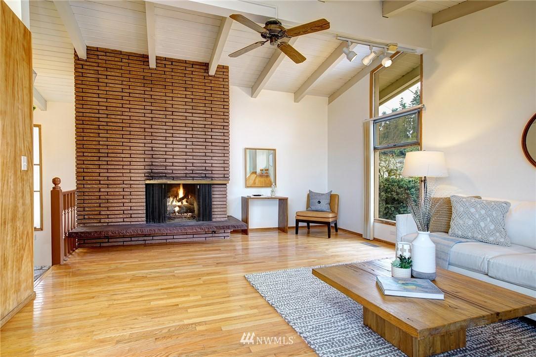 Sold Property | 10420 Cornell Avenue S Seattle, WA 98178 2
