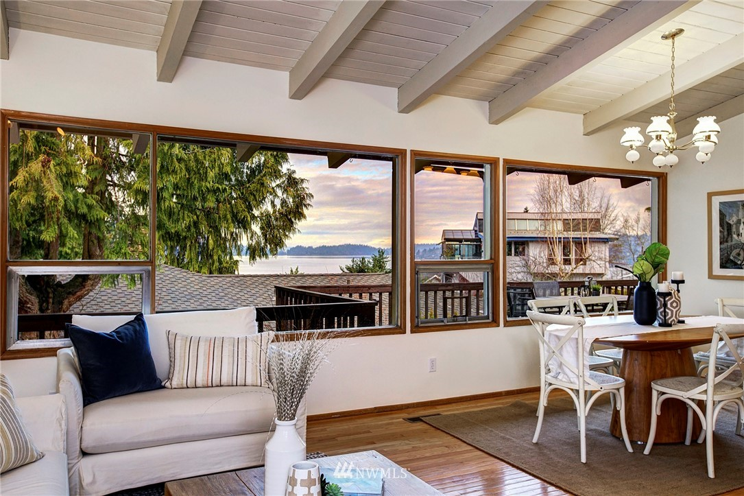 Sold Property | 10420 Cornell Avenue S Seattle, WA 98178 4