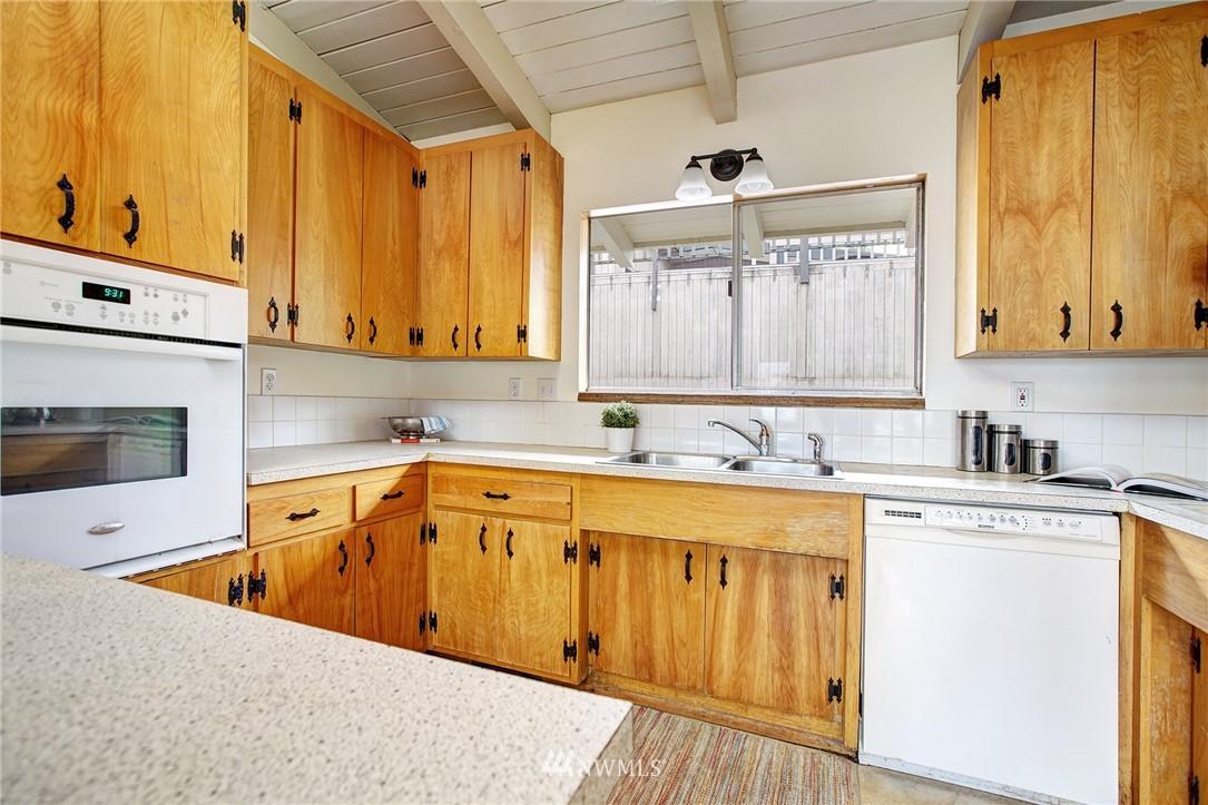 Sold Property | 10420 Cornell Avenue S Seattle, WA 98178 7