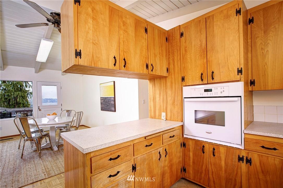 Sold Property | 10420 Cornell Avenue S Seattle, WA 98178 8