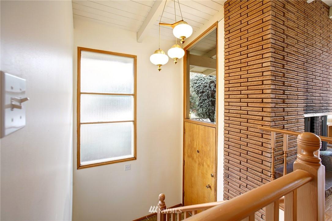 Sold Property | 10420 Cornell Avenue S Seattle, WA 98178 13
