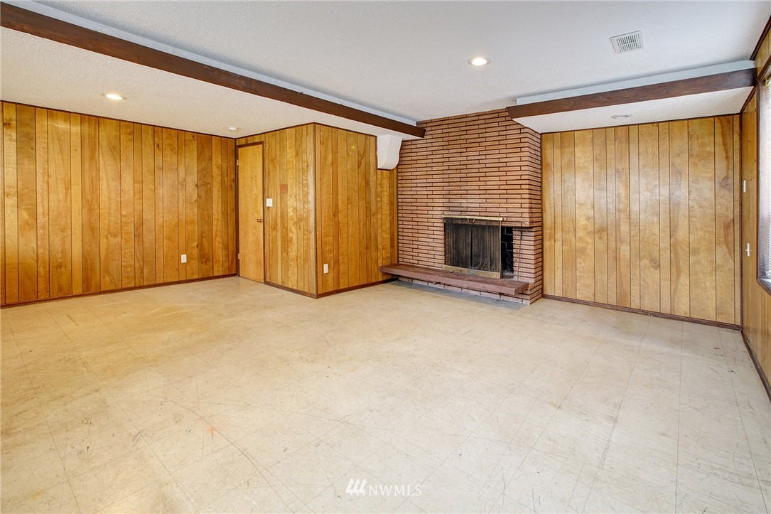 Sold Property | 10420 Cornell Avenue S Seattle, WA 98178 14
