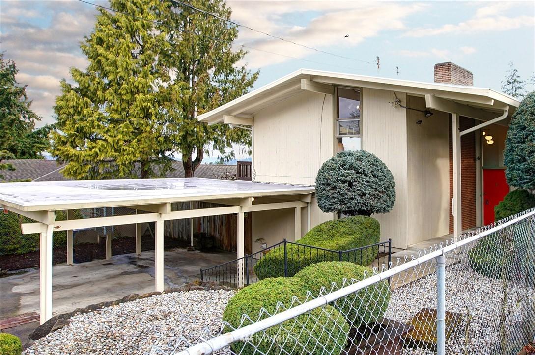 Sold Property | 10420 Cornell Avenue S Seattle, WA 98178 16