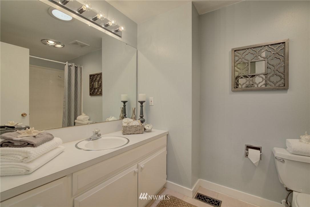 Sold Property | 7111 179th Street SW Edmonds, WA 98026 10