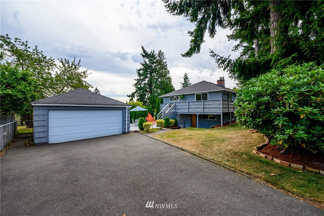 Sold Property | 2302 N 140th Street Seattle, WA 98133 24