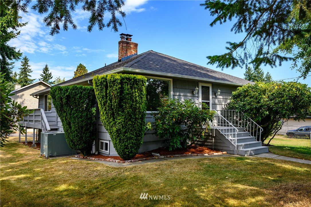 Sold Property | 2302 N 140th Street Seattle, WA 98133 1