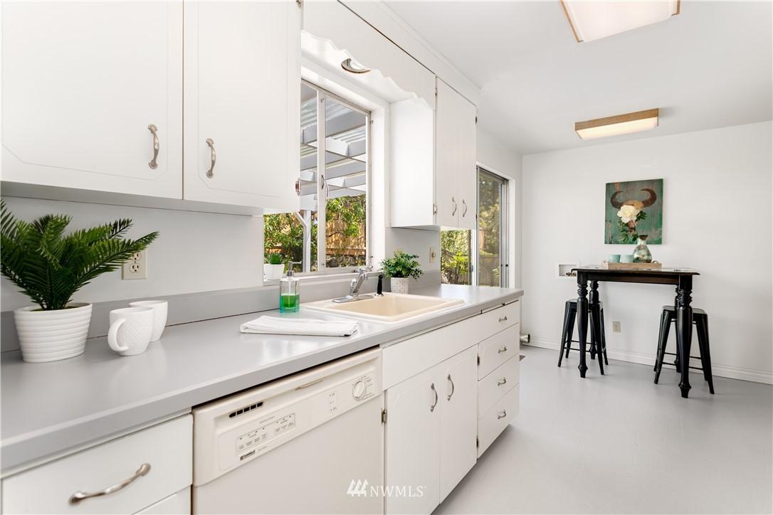 Sold Property | 218 NW 184th Street Shoreline, WA 98177 11