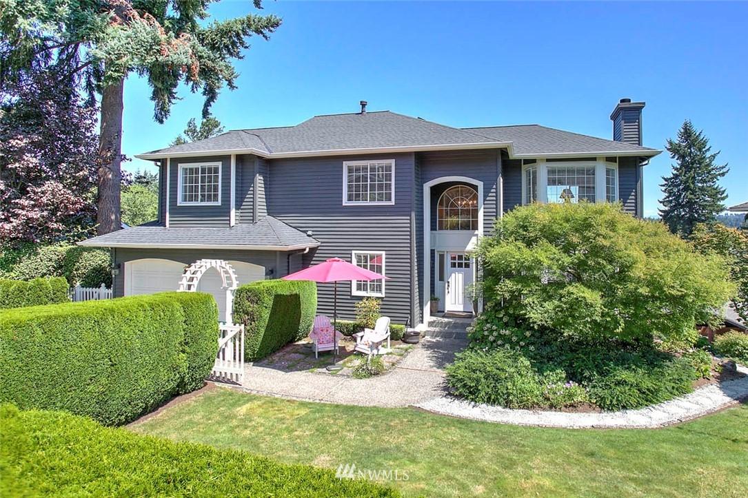 Sold Property | 18606 66th Avenue NE Kenmore, WA 98028 0