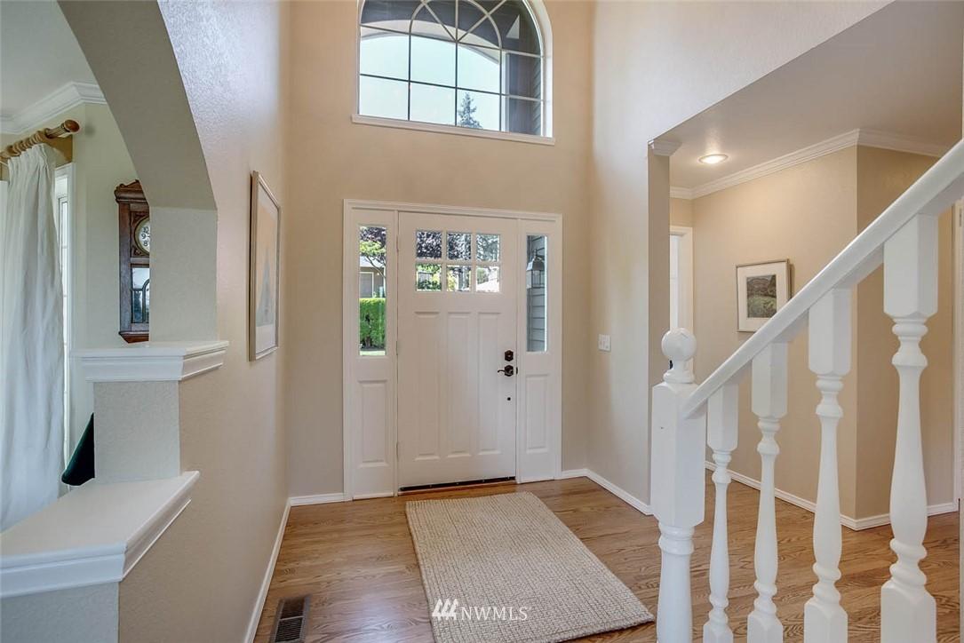 Sold Property | 18606 66th Avenue NE Kenmore, WA 98028 1