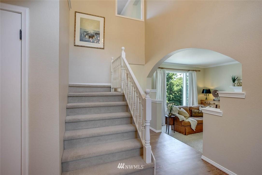 Sold Property | 18606 66th Avenue NE Kenmore, WA 98028 2