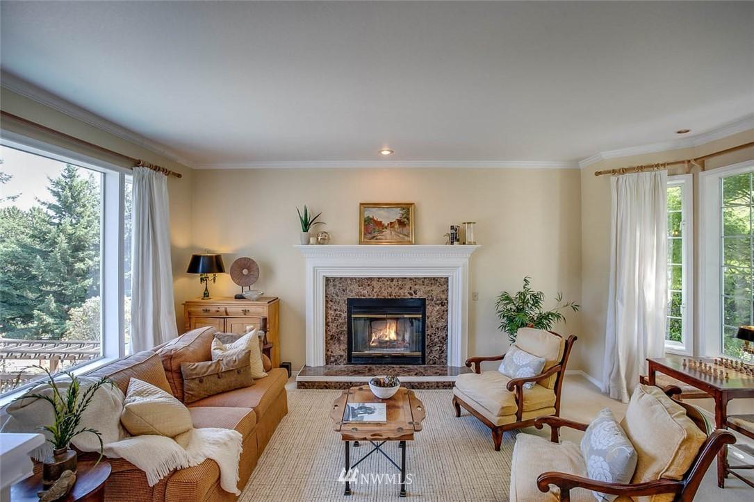 Sold Property | 18606 66th Avenue NE Kenmore, WA 98028 3