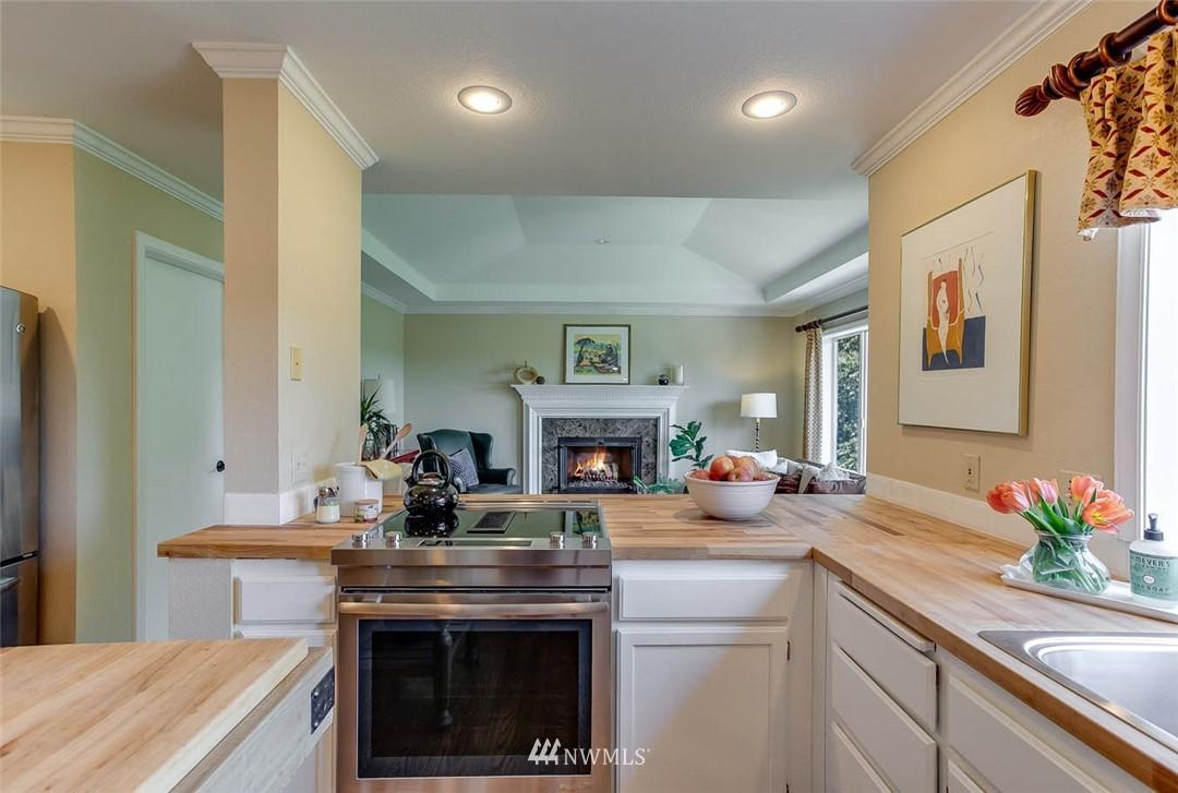 Sold Property | 18606 66th Avenue NE Kenmore, WA 98028 8