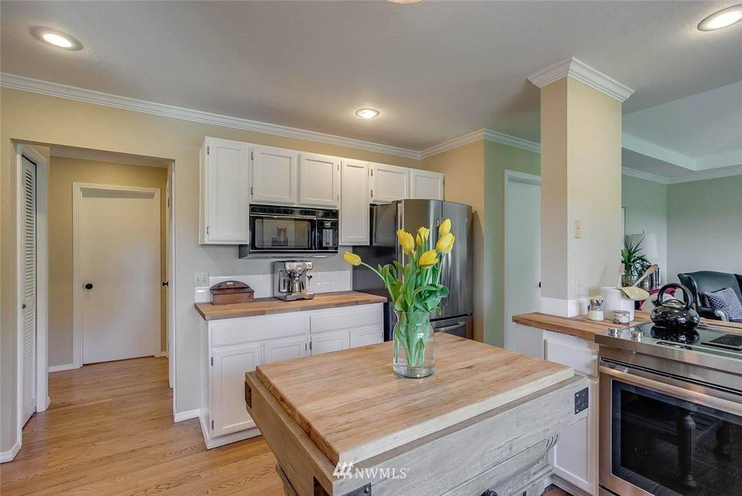Sold Property | 18606 66th Avenue NE Kenmore, WA 98028 7