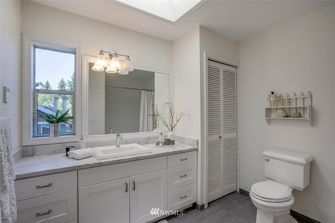 Sold Property | 18606 66th Avenue NE Kenmore, WA 98028 14