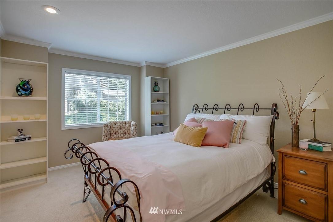 Sold Property | 18606 66th Avenue NE Kenmore, WA 98028 15