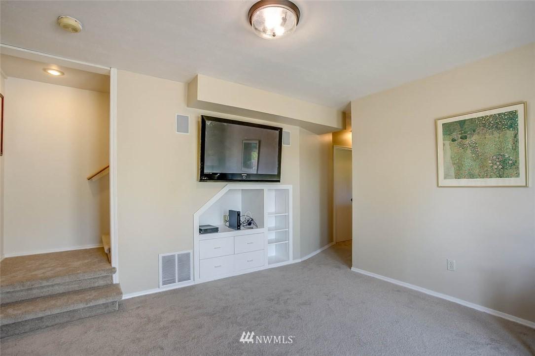 Sold Property | 18606 66th Avenue NE Kenmore, WA 98028 17