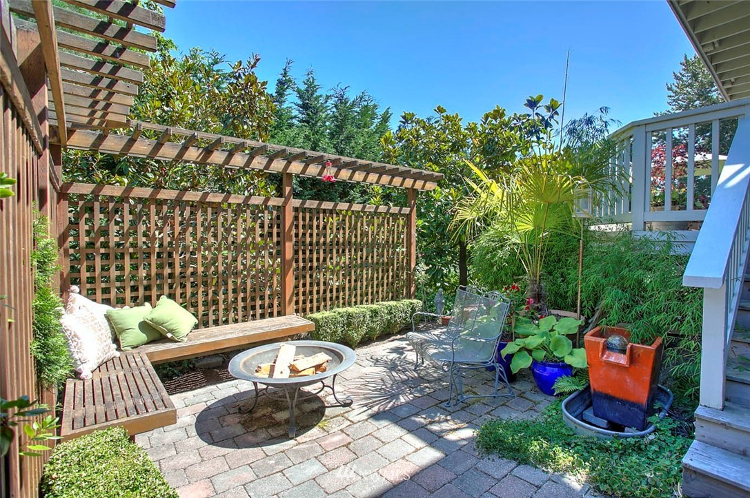 Sold Property | 18606 66th Avenue NE Kenmore, WA 98028 22