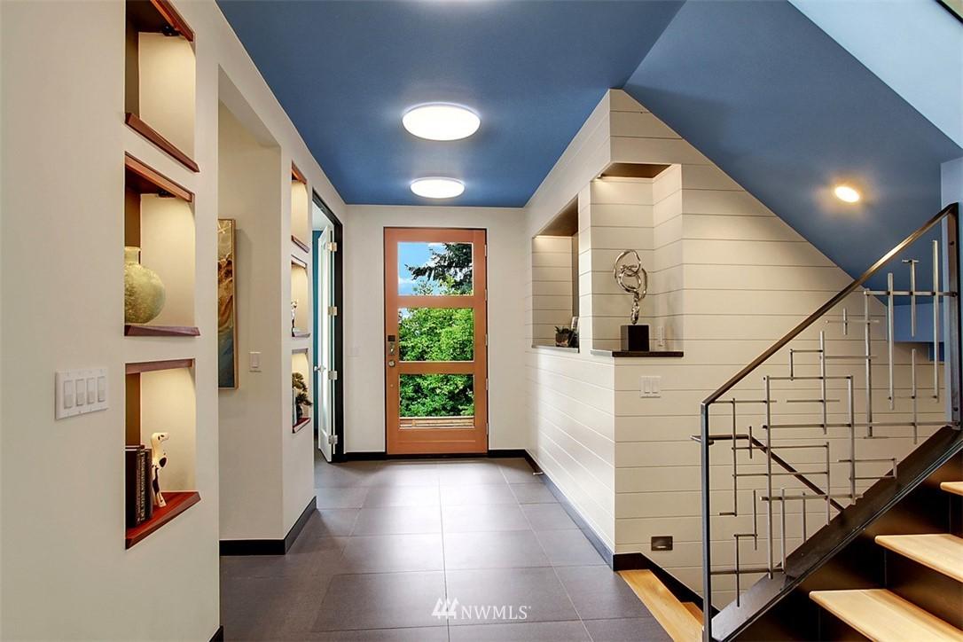 Sold Property | 1517 NE 102nd Street Seattle, WA 98125 2