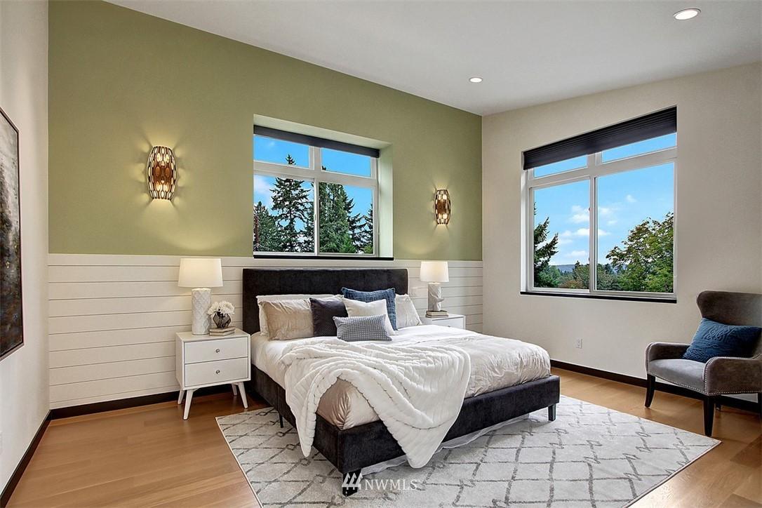 Sold Property | 1517 NE 102nd Street Seattle, WA 98125 11