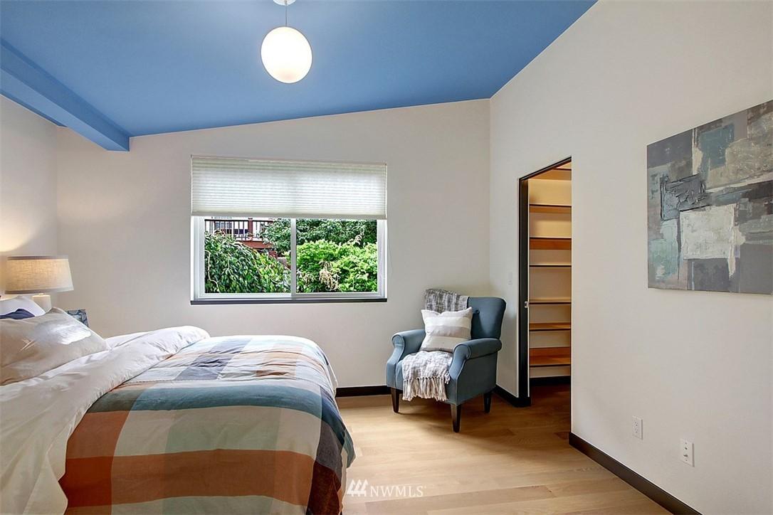 Sold Property | 1517 NE 102nd Street Seattle, WA 98125 13