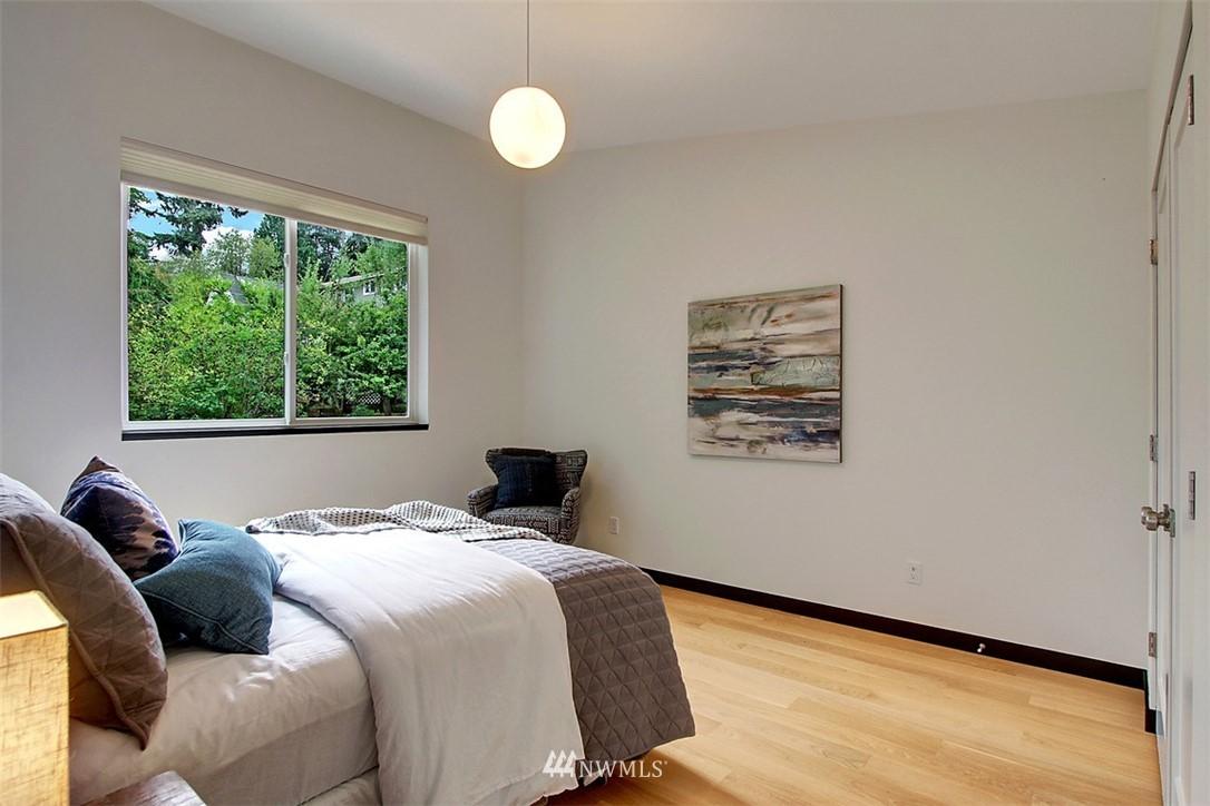 Sold Property | 1517 NE 102nd Street Seattle, WA 98125 15