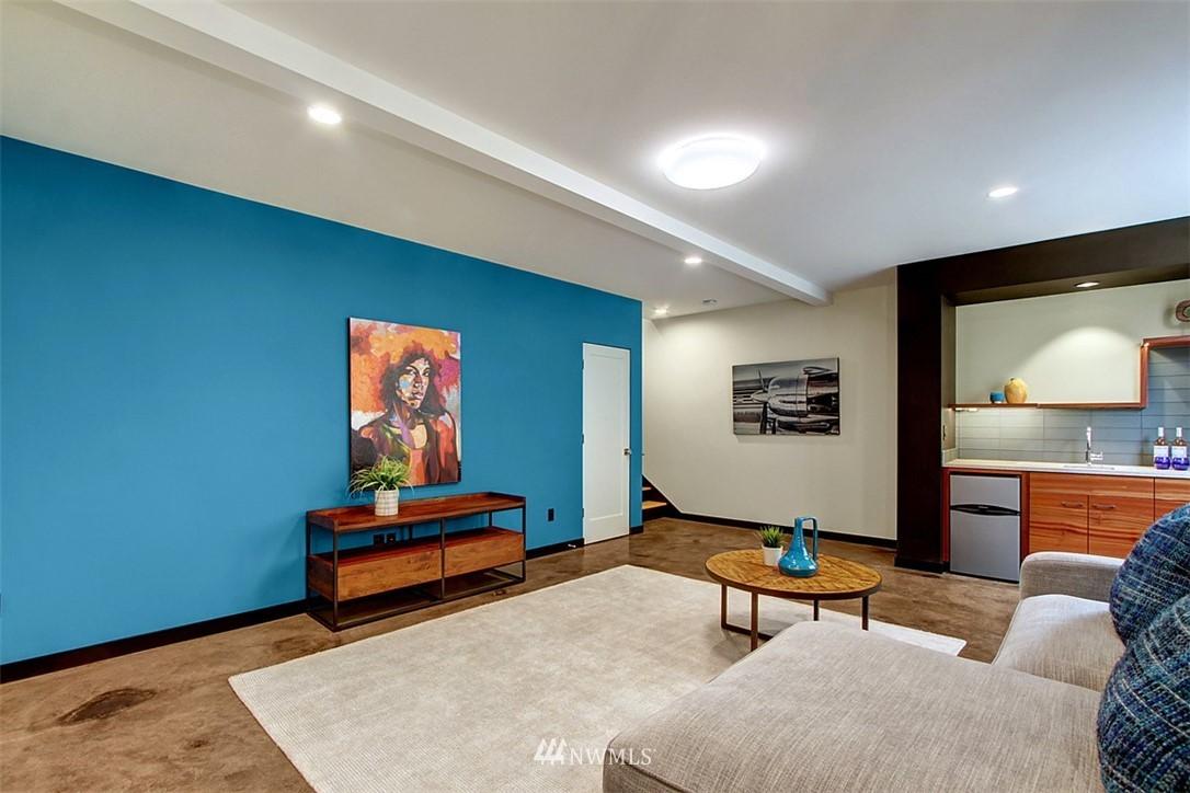Sold Property | 1517 NE 102nd Street Seattle, WA 98125 17