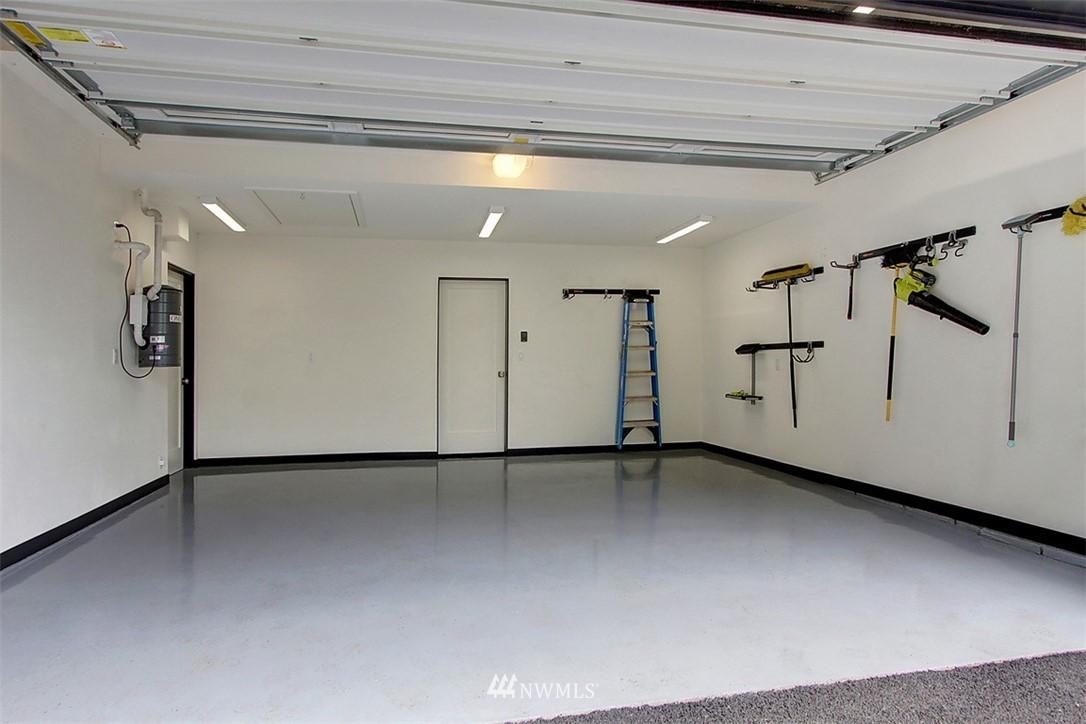 Sold Property | 1517 NE 102nd Street Seattle, WA 98125 18