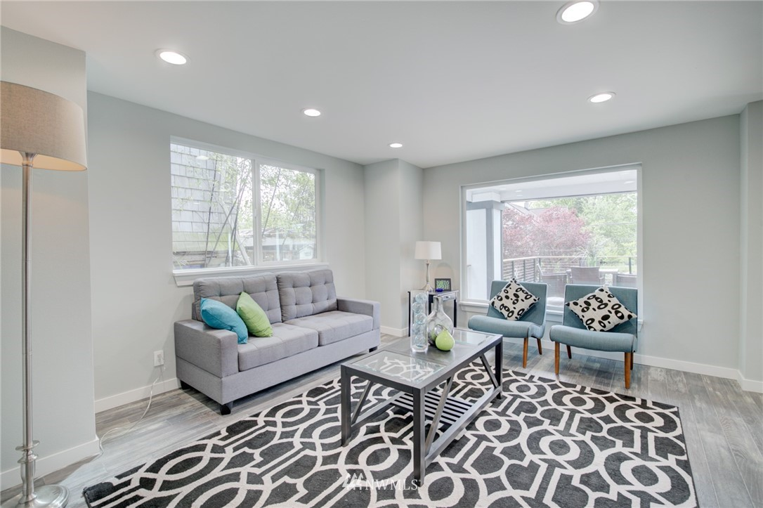 Sold Property | 7746 Sunnyside Avenue N Seattle, WA 98103 6