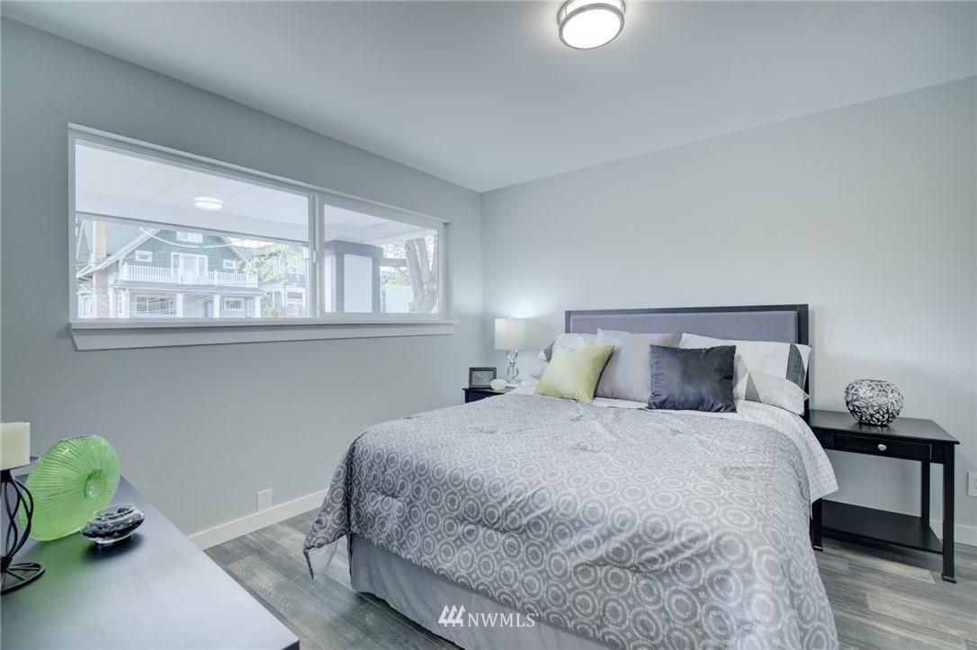 Sold Property | 7746 Sunnyside Avenue N Seattle, WA 98103 8