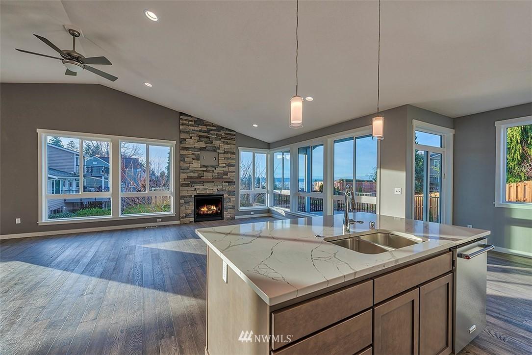 Sold Property | 5021 116th Place SE Everett, WA 98208 3