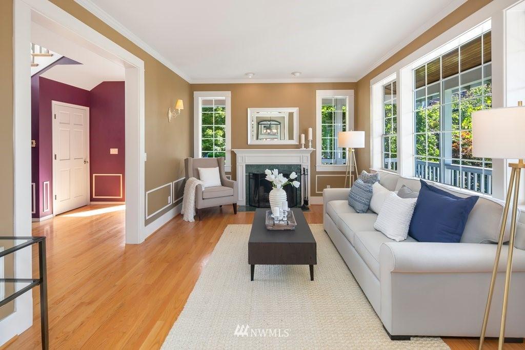 Sold Property | 8603 8th Avenue NE Seattle, WA 98115 2