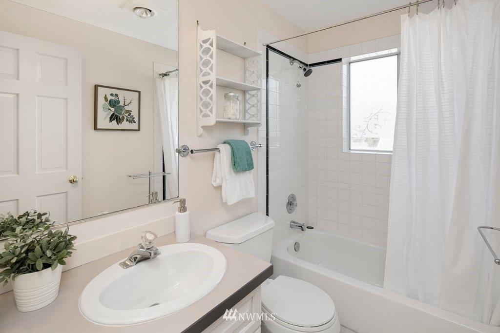 Sold Property | 8603 8th Avenue NE Seattle, WA 98115 15