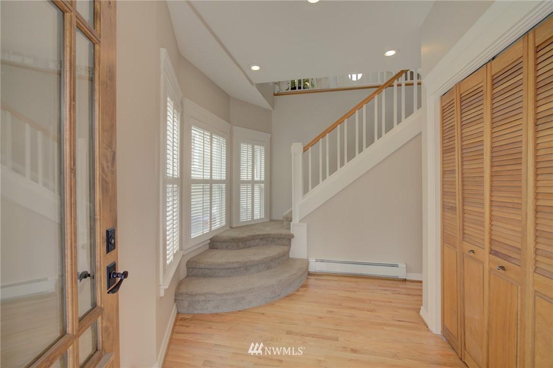 Sold Property   6027 1st NW Seattle, WA 98107 5