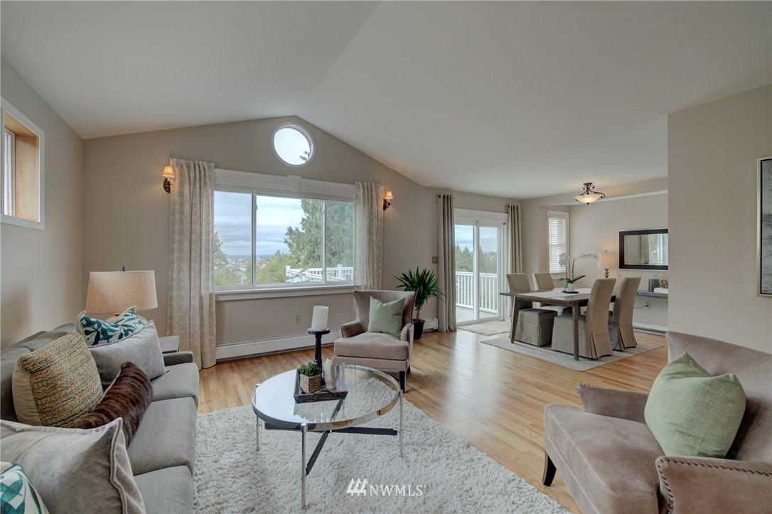 Sold Property   6027 1st NW Seattle, WA 98107 6