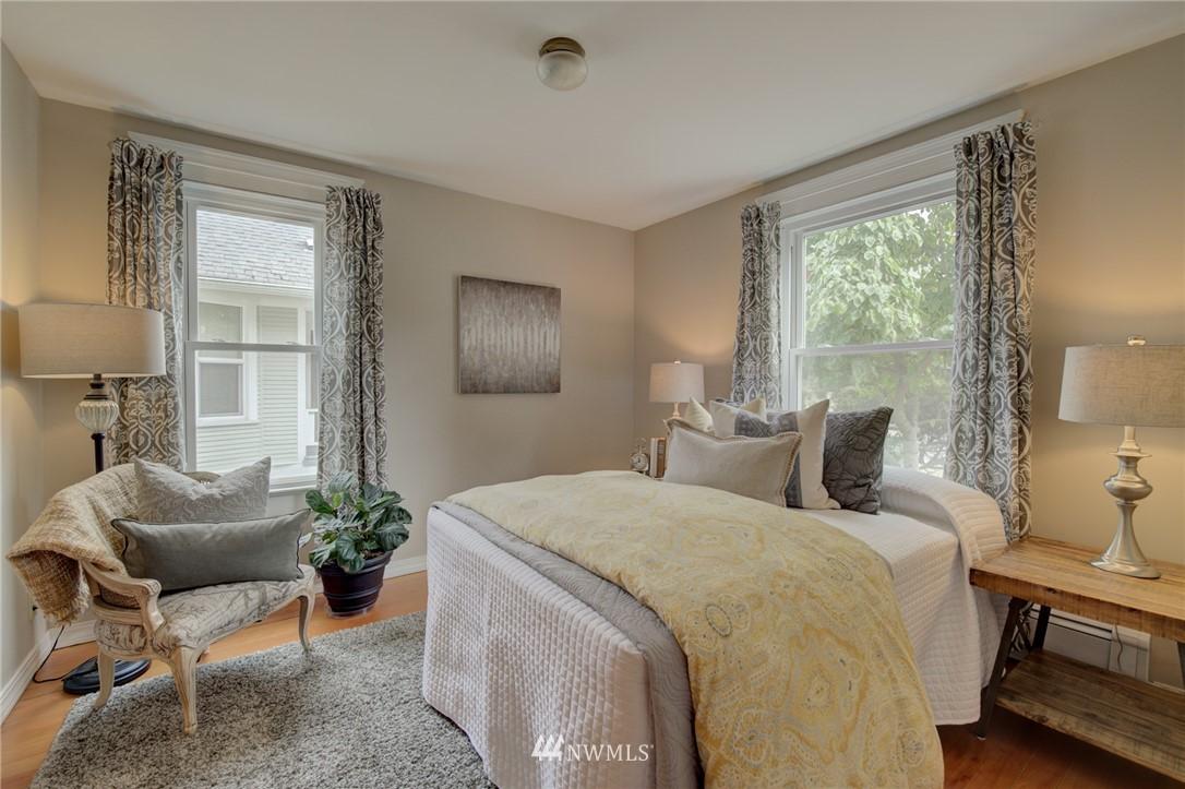 Sold Property   6027 1st NW Seattle, WA 98107 18
