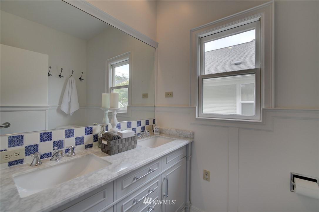 Sold Property   6027 1st NW Seattle, WA 98107 20