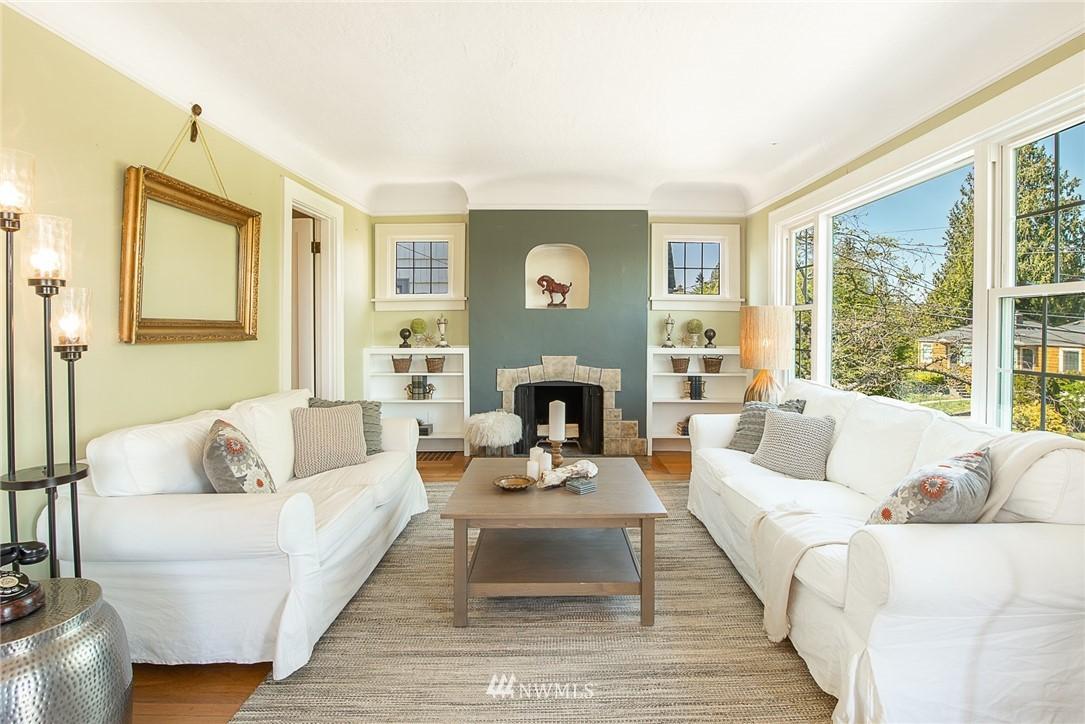 Sold Property   5015 S Alaska Street Seattle, WA 98118 3