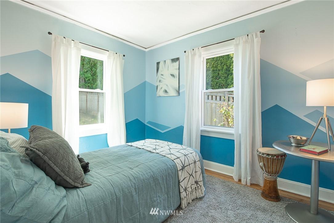 Sold Property   5015 S Alaska Street Seattle, WA 98118 10