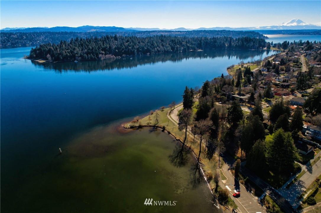 Sold Property   5015 S Alaska Street Seattle, WA 98118 23