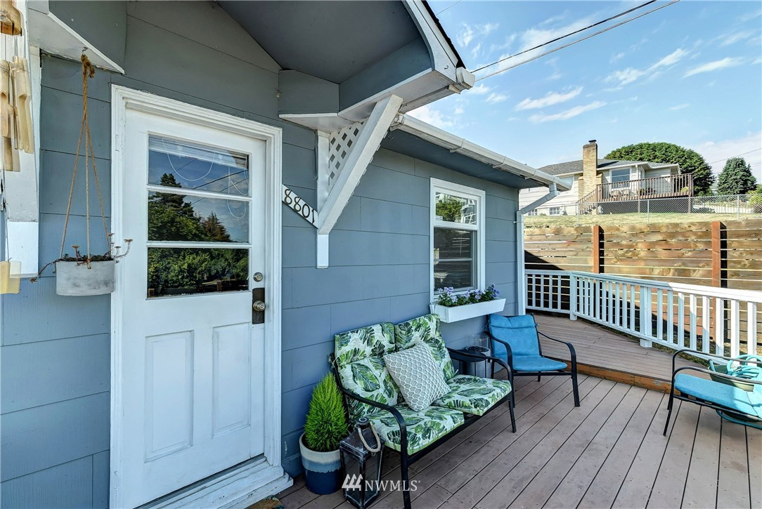 Sold Property | 8801 S 115th Place Seattle, WA 98178 1