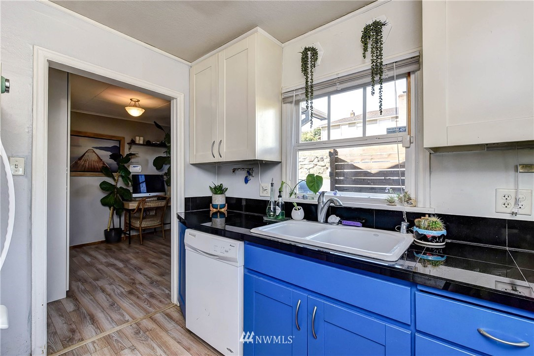Sold Property | 8801 S 115th Place Seattle, WA 98178 12