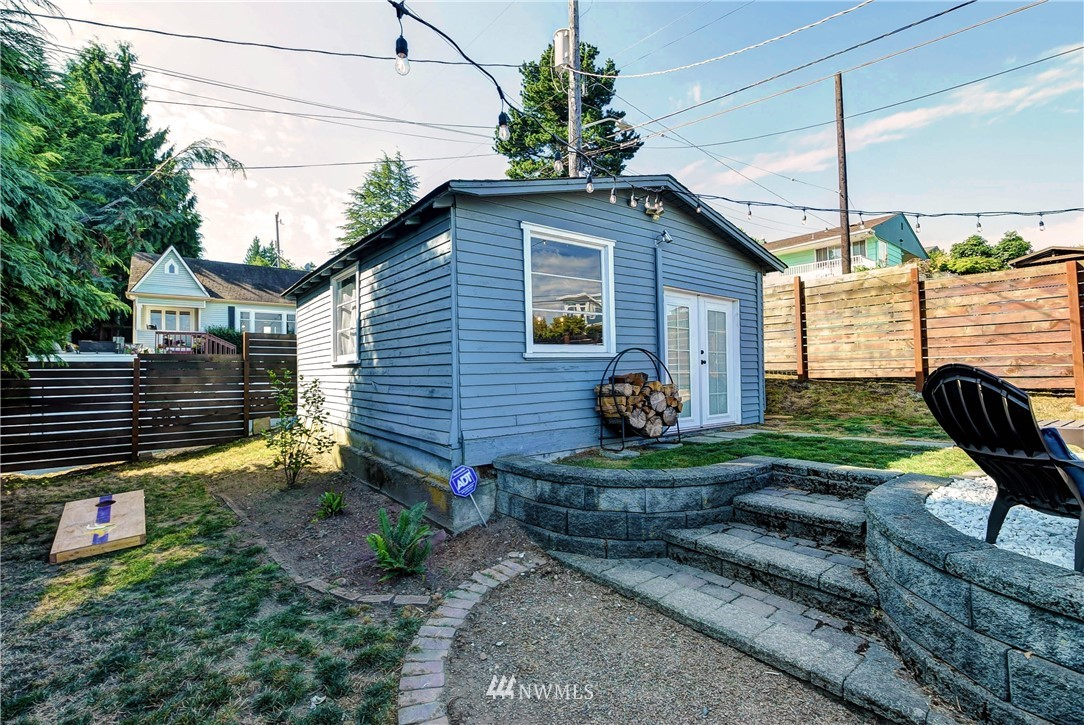 Sold Property | 8801 S 115th Place Seattle, WA 98178 15