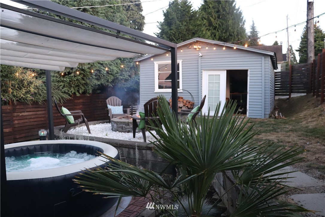 Sold Property | 8801 S 115th Place Seattle, WA 98178 22