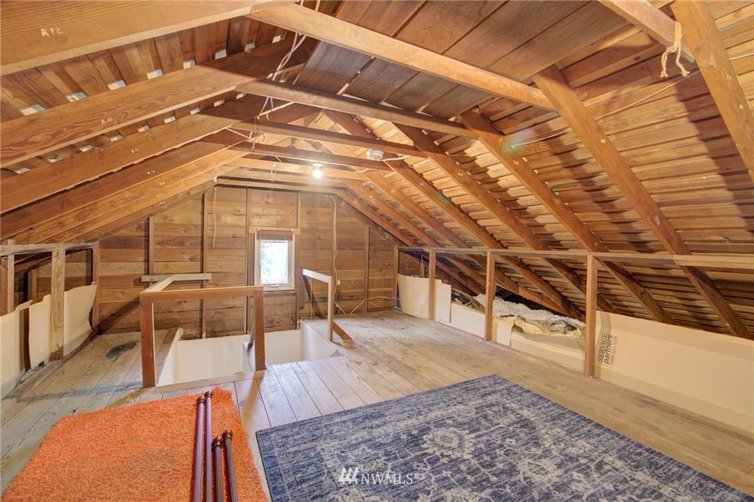 Sold Property | 10941 Oakwood Avenue S Seattle, WA 98178 17