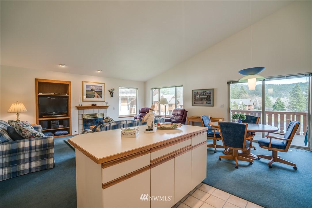 Sold Property | 100 Enchantment Parkway #403 Leavenworth, WA 98826 12