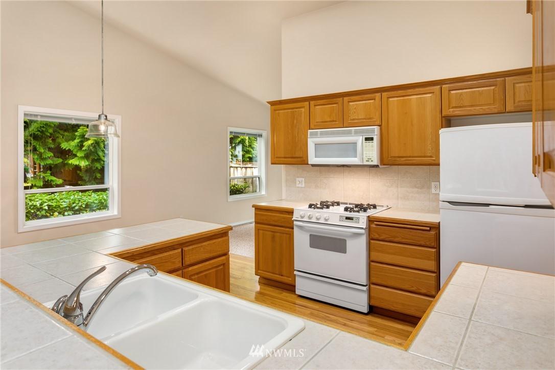 Sold Property | 19404 2nd Drive SE #B Bothell, WA 98012 4