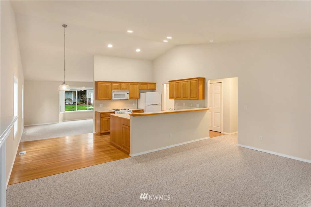 Sold Property | 19404 2nd Drive SE #B Bothell, WA 98012 7